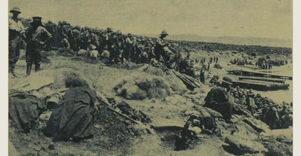 After landing at Suvla Bay: Troops assembled on the shore