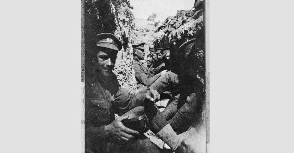 Soldiers in a trench, Gallipoli 1915