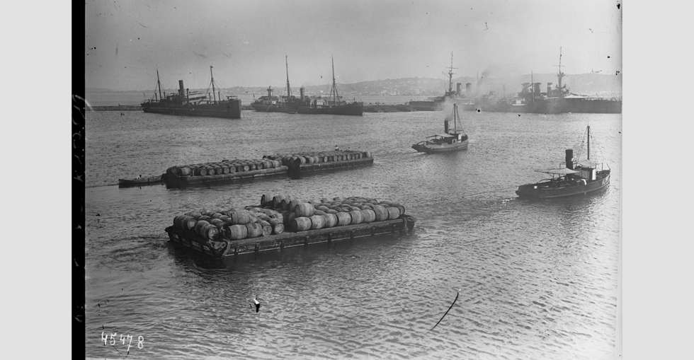 Water transport in the Dardanelles