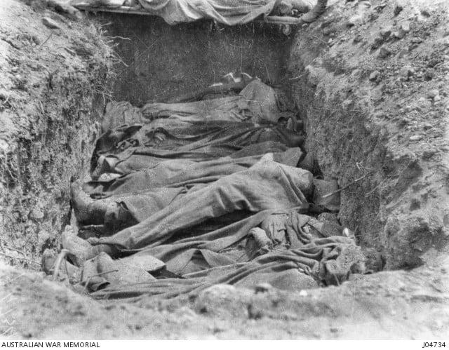 Burial site at Gallipoli. (Australian War Memorial)