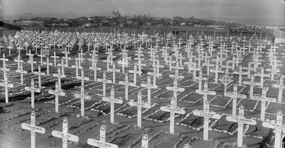 Unmarked graves at Gallipoli